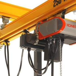 XM Steel workstation crane with CLX Electric Chain Hoist